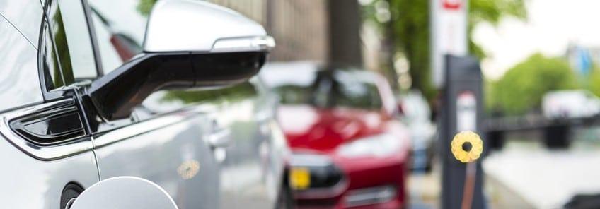 Masini electrice versus masini hibrid